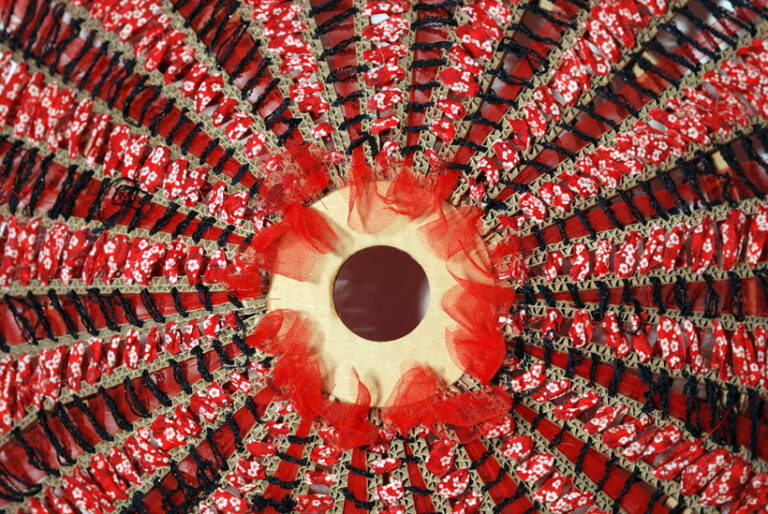 Luminaire tissu rouge